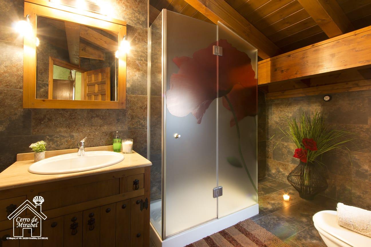 baño habitacion verde